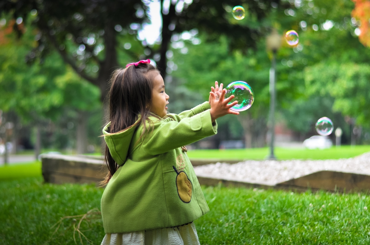 Fun In The Sun: Tips To Make Your Child's Outdoor Playground Eco-Friendly