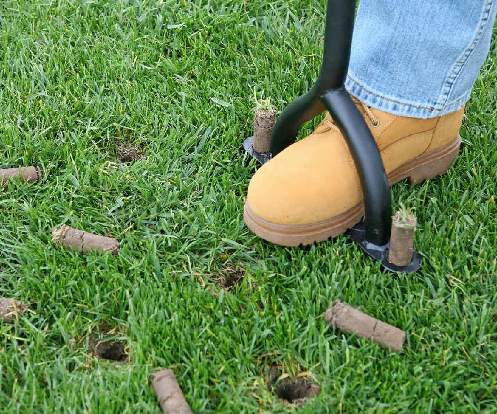 Top 5 Reasons Why You Should Get Work Boots for Landscaping
