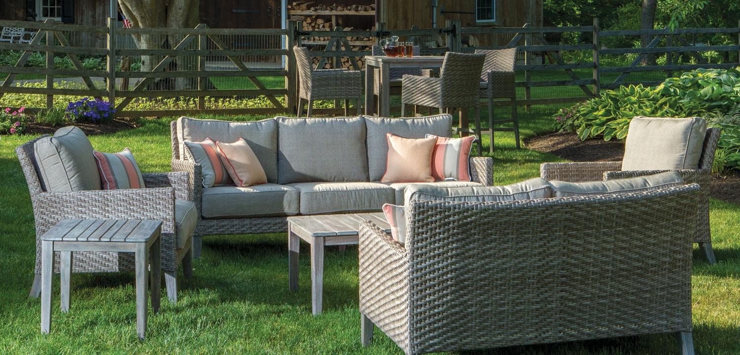 How to Choose Which Outdoor Furniture to Buy
