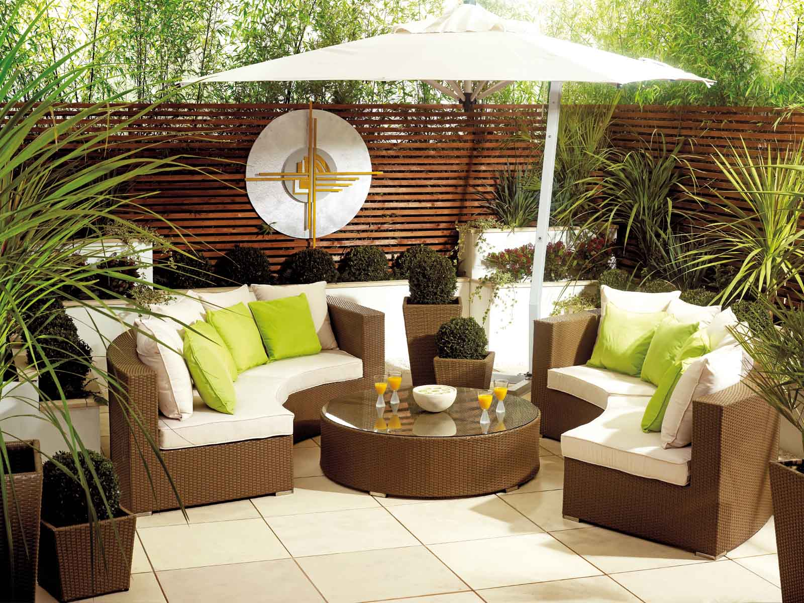 How to properly store and care for your garden furniture
