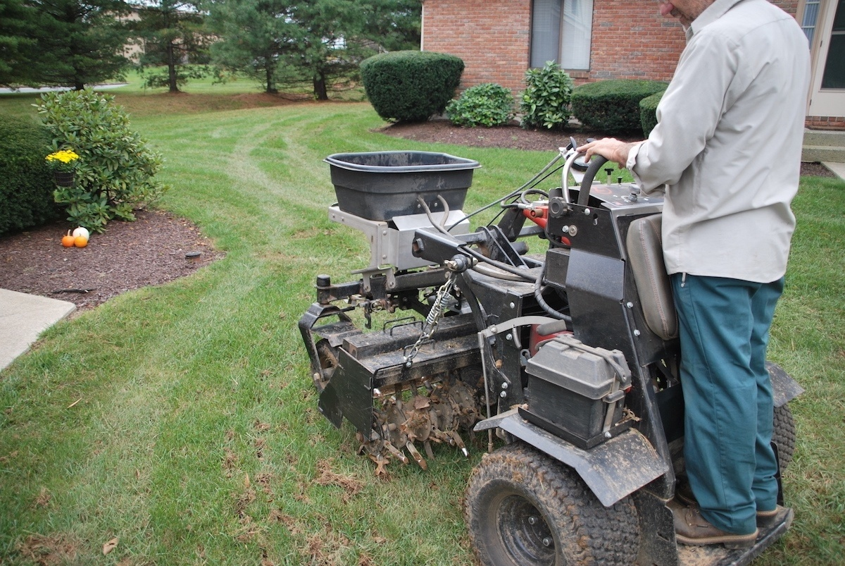 The Benefits Of Seed Slicing Or Aeration On Your Lawn