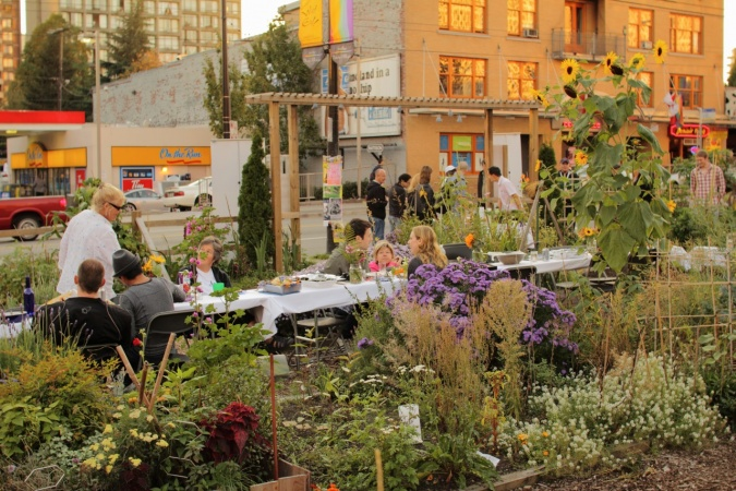 Why are Community Gardens Becoming so Popular?